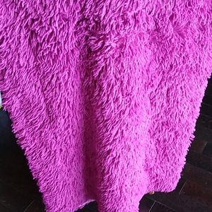 Other - Fuzzy pink throw blanket 😍
